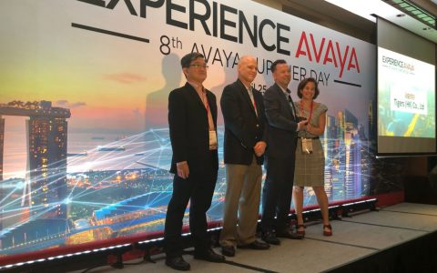 Tigers wins best logistics supplier award at AVAYA suppliers meeting in Singapore